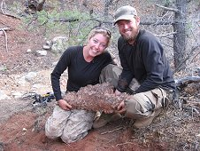 Glorieta Expeditions - Shauna is realizing just how heavy her find is!