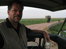Thika, Kenya Expedition - Yes Greg, elephants have the right of way!