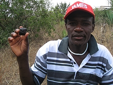 Thika, Kenya Expedition - Local who found a perfect pyramid-shaped meteorite.